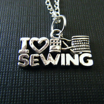 "Fashion Jewelry Tibetan silver""I Love Sewing""Charms Statement Choker Necklace Pendant Accessories 10pcs B474"